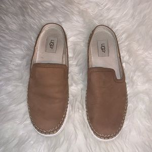 UGG Slip on Mules 8.5 Brown